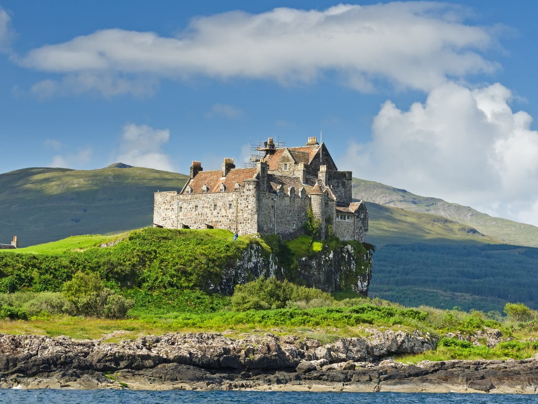 Picture of Duart Castle on the Isle Mull. A typical seaboard stronghold of the Scottish Highlands this was the seat of clan Maclean and dates from the 14th century. Visited on our Hebrides - Four Day Tour