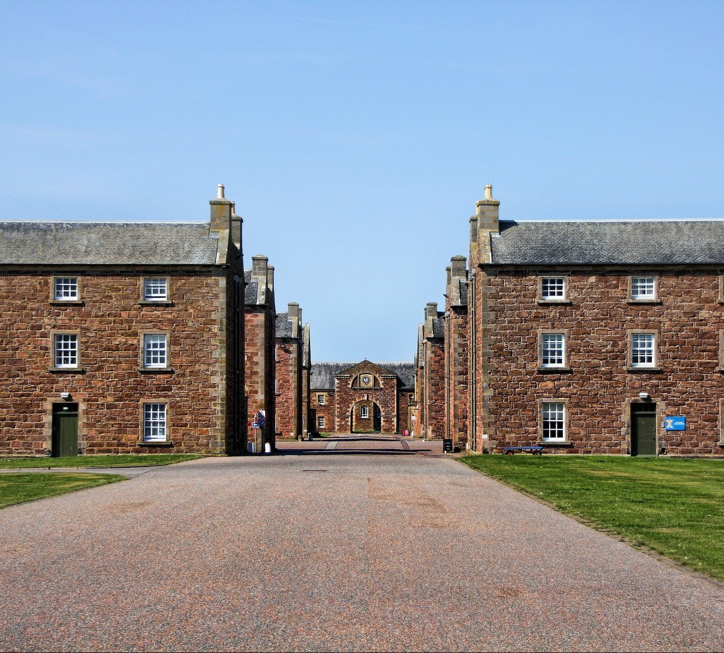 Fort George - Inverness & Local Area Tours