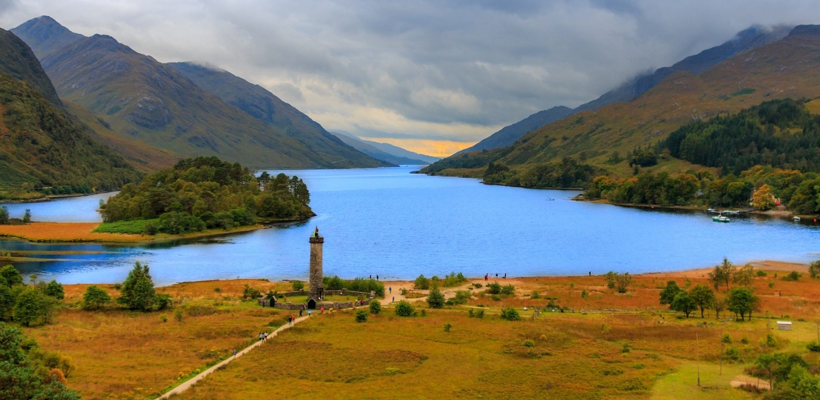 Glenfinnan Monument - – Glencoe and West Highlands Tours